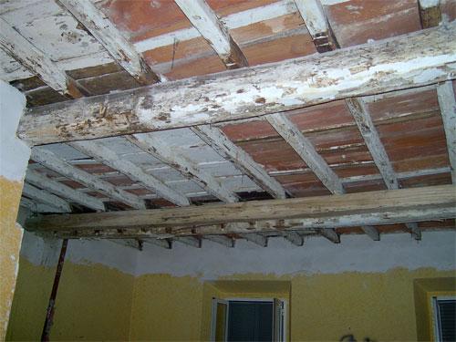 Restauro soffitti in legno milano restauro solai in legno for Costo delle travi a vista